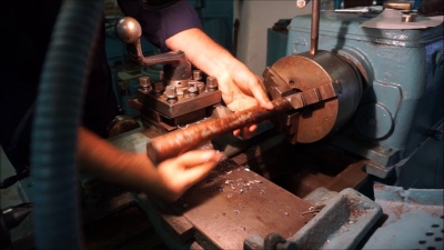 Востребована ли профессия токаря в наше время?